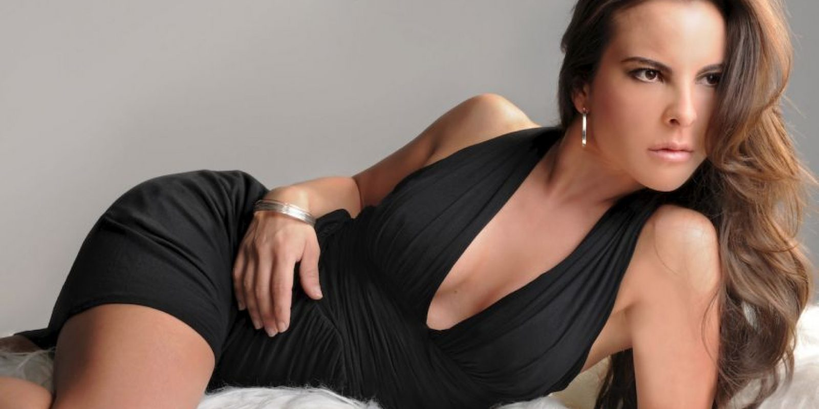 """Producida por Telemundo, esta cuenta la historia de """"Teresa Mendoza"""", mexicana que llega a ser importante narcotraficante en España. Foto:vía Telemundo"""
