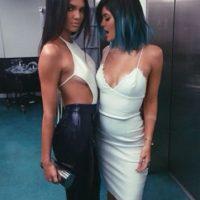 Luego colaboraron para Topshop. Eso, mientras les iban incrementando los seguidores en Instagram y protagonizaban (sobre todo Kendall) muchas campañas de moda. Foto:vía Instagram