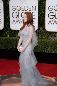 Sarah Hay, etérea. Romántica. El peinado habría podido ser distinto, para dar un look más angelical. Foto:vía Getty Images