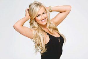 9. Summer Rae Foto:WWE