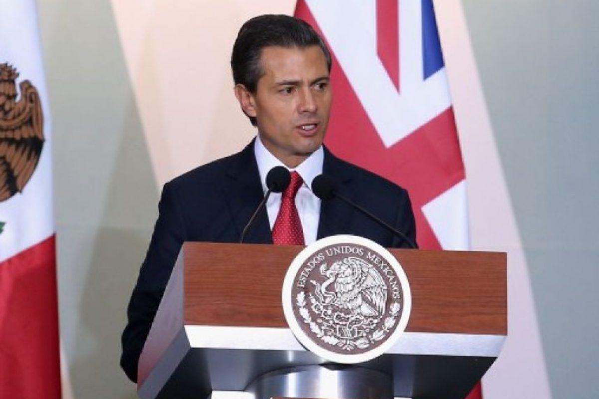 México. Peña Nieto le informó al Congreso que se aunsentará de su país el 14 de enero, para asistir a la toma de posesión de Morales. Foto:Agencias