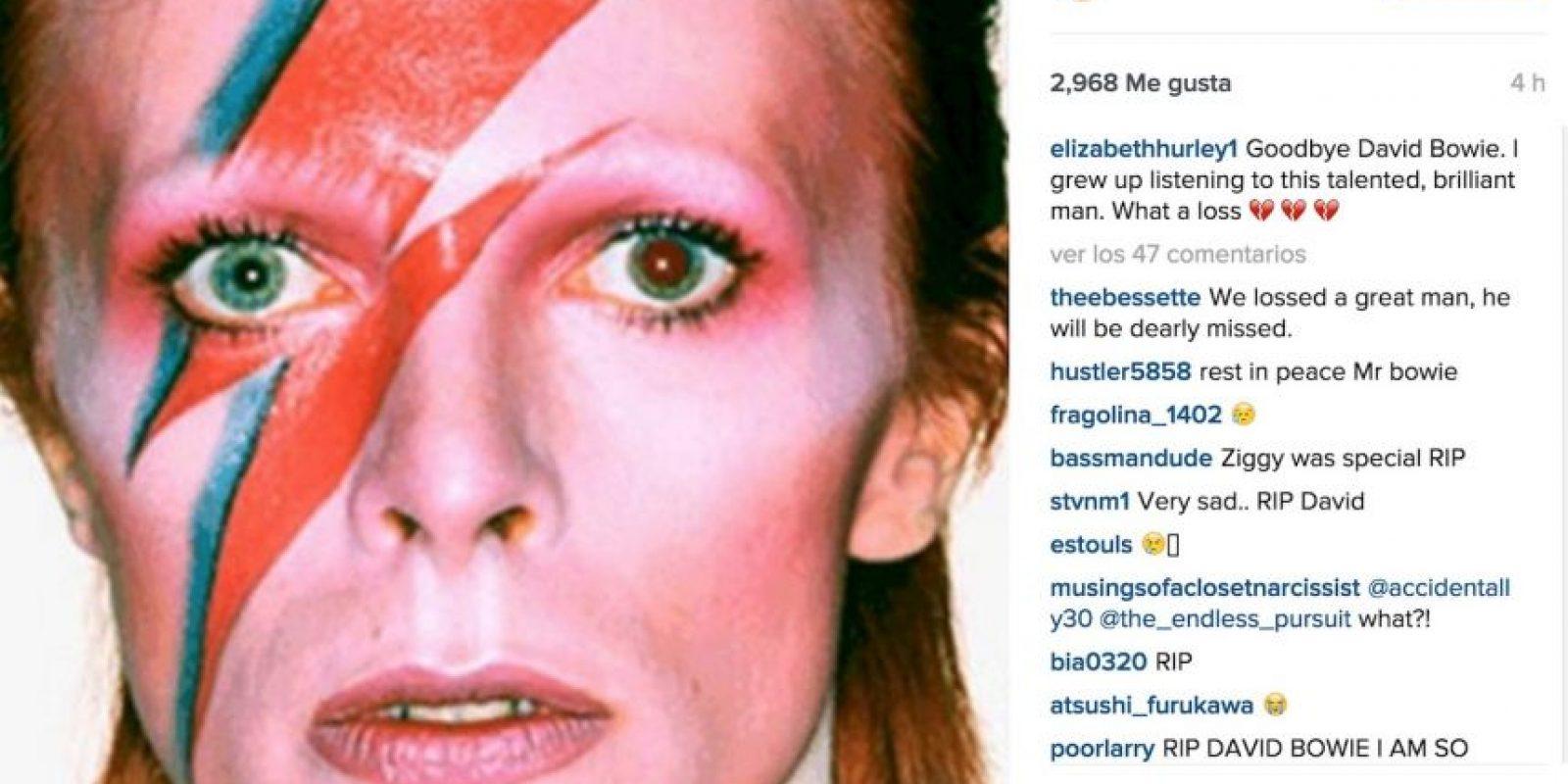 """Elizabeth Hurley: """"Adiós David. Crecí escuchando a este talentoso y brillante hombre. Qué pérdida"""". Foto:Instagram.com"""