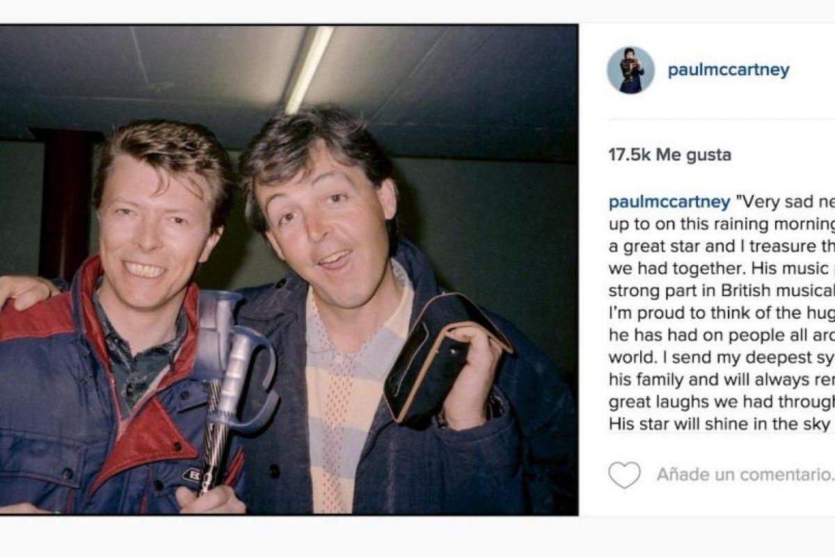 """Paul McCartney: """"Es muy triste despertar en esta lluviosa mañana. David era una gran estrella y atesoro los momentos que tuvimos juntos"""". Foto:Instagram.com"""