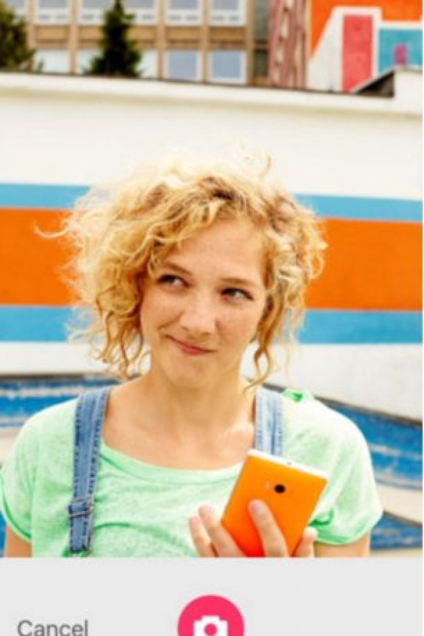 Exclusiva para selfies. Reduce el ruido, hace mejoras inteligentes, el color del tema y la exposición automática tomando en cuenta la iluminación, el color de piel, el genero y otras variables más. Foto:Microsoft Corporation