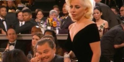 Fotos: Así se burlaron de la cara de Leonardo DiCaprio al ser empujado por Lady Gaga