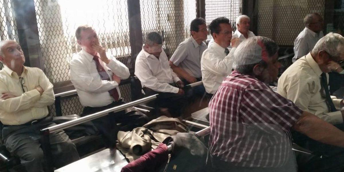 En el segundo día de audiencia la fiscalía imputa los hechos a 13 exmilitares