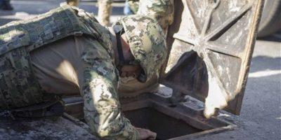 Se indicó que Guzmán intentó escabullirse por las alcantarillas. Foto:AP
