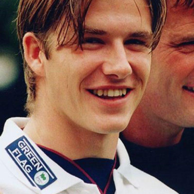 David Beckham lucía así cuando comenzó a jugar. Foto:vía Getty Images