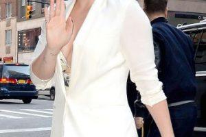 Además, utilizó una reveladora blusa que dejó muy poco a la imaginación. Foto:Grosby Group