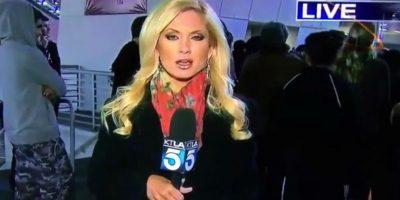 Periodista es agredida durante una transmisión en vivo