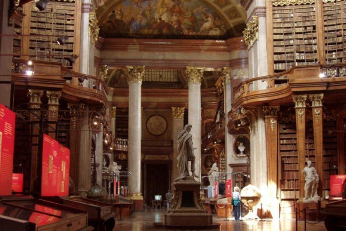 Biblioteca Nacional Austriaca. Es considerada una de las bibliotecas históricas más bonitas del mundo. Foto:Wikipedia.org