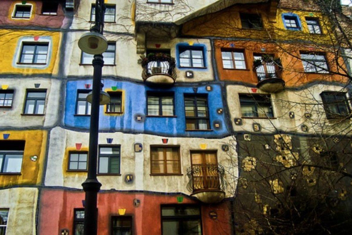 Hundertwasserhaus. Un bloque residencial construido por Friedensreich Hundertwasser, un artista austriaco. Foto:Vía Flickr