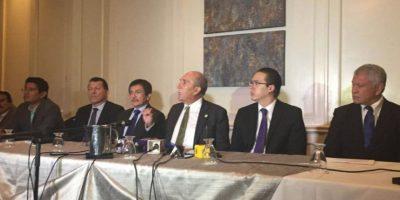 Surge planilla para sustituir a Luis Rabbé en el Congreso