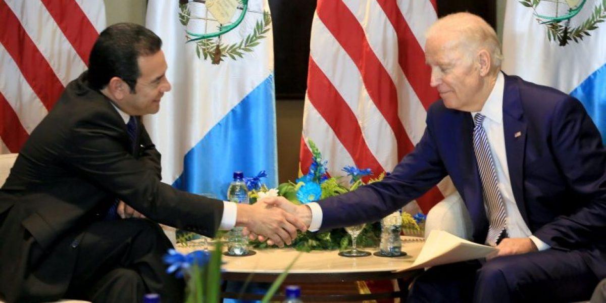Jimmy Morales aboga por el TPS en reunión con Joe Biden, vicepresidente de EE. UU.