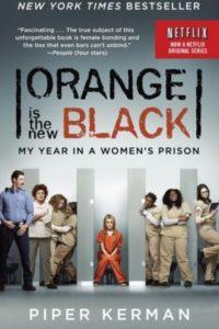 """""""Piper Chapman"""" (Taylor Schilling) decide entregarse voluntariamente a consecuencia de transportar dinero procedente de la droga ocurrido hace más de una década y es enviada a la prisión de mujeres de Litchfield, Nueva York. La historia está basada en el libro autobiográfico de Piper Kerman. Foto:Netflix"""
