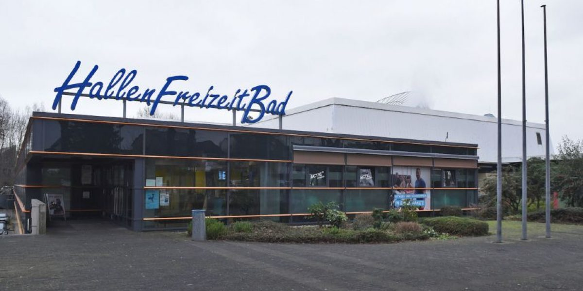 Prohíben la entrada de refugiados a una piscina pública en Alemania