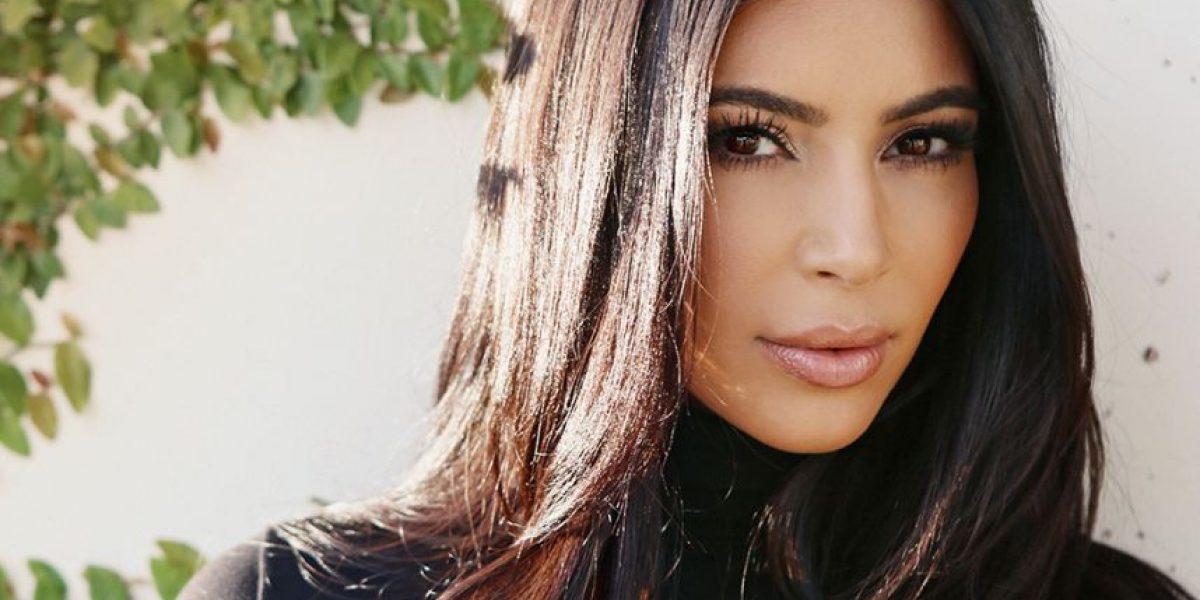 Kim Kardashian muestra semejante cuerpazo a un mes de dar a luz