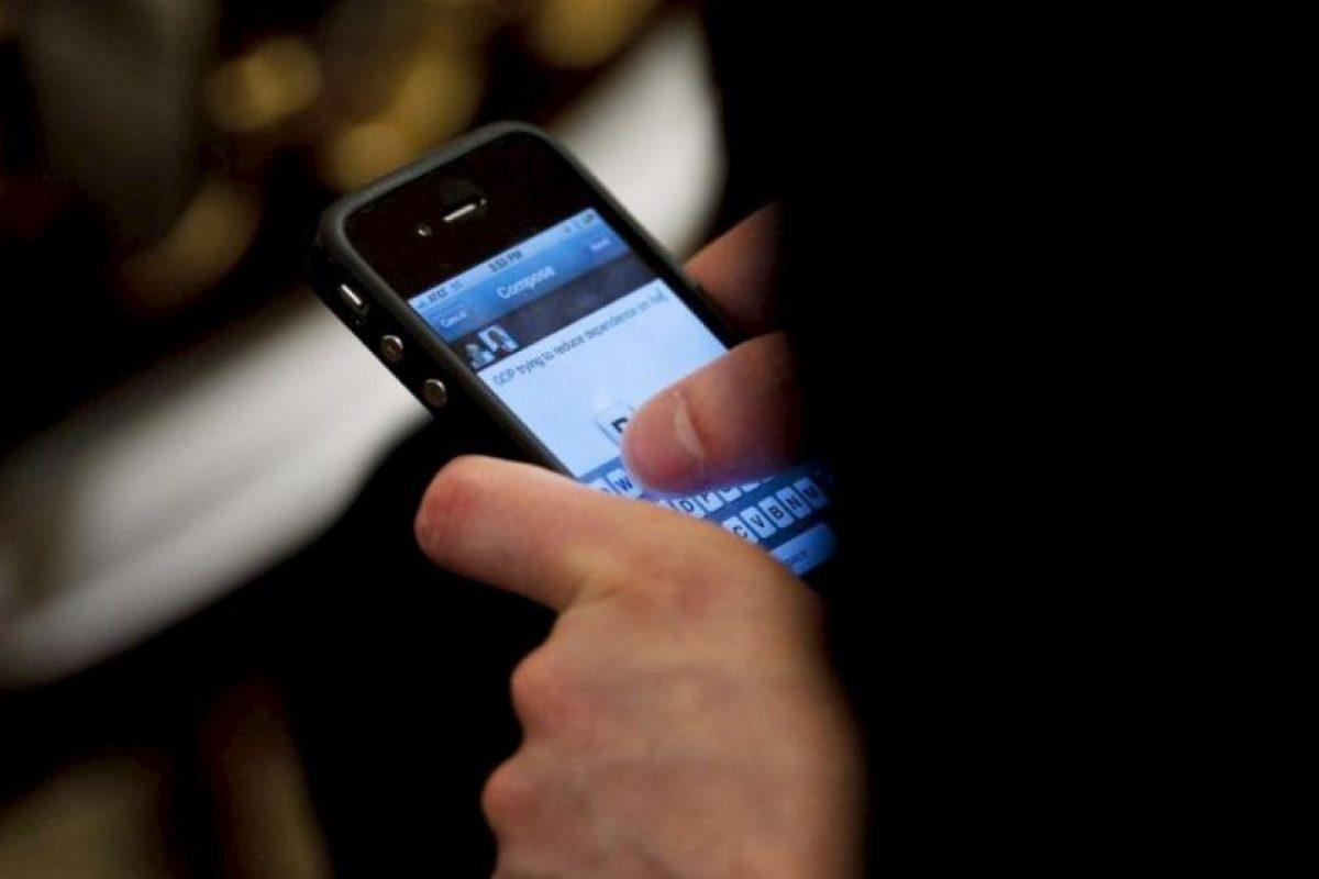 Que se refiere a la ansiedad o miedo irracional a quedarse sin acceso al celular. Foto:Getty Images