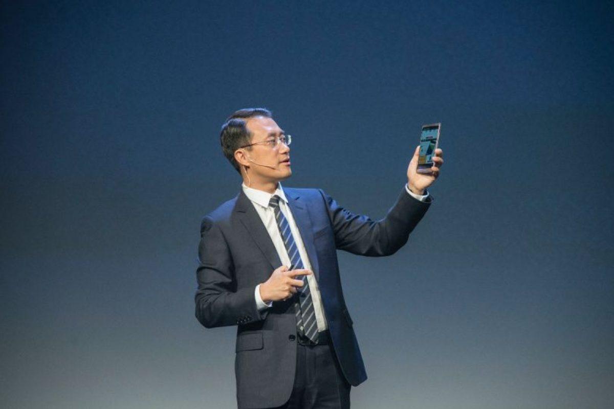 Durante el evento presentaron el Huawei Mate 8 el cual cuenta con las características más innovadoras de la marca Foto:LUIS CARLOS NÁJERA