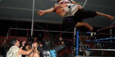En la lucha libre Foto:Vía Facebook
