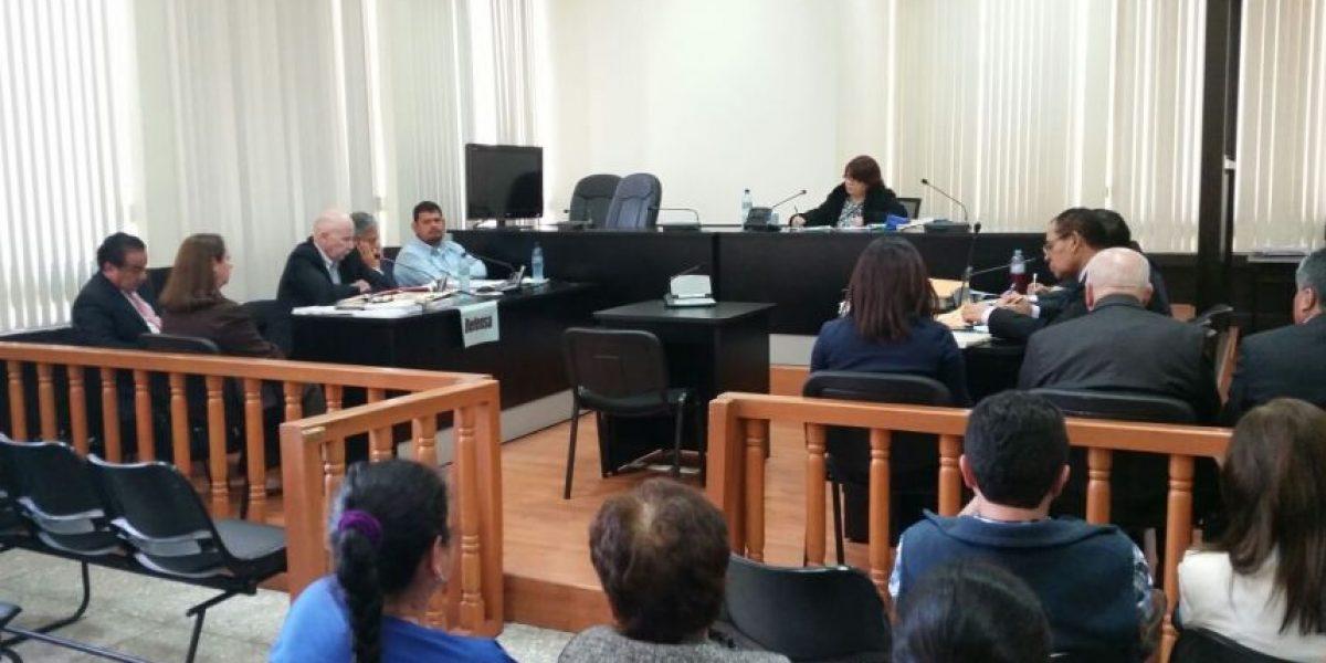 Tribunal inicia juicio a tres exdirectivos del extinto Bancafé