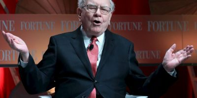 3. Warren Buffett posee 72 mil 700 millones de dólares. Foto: Getty Images