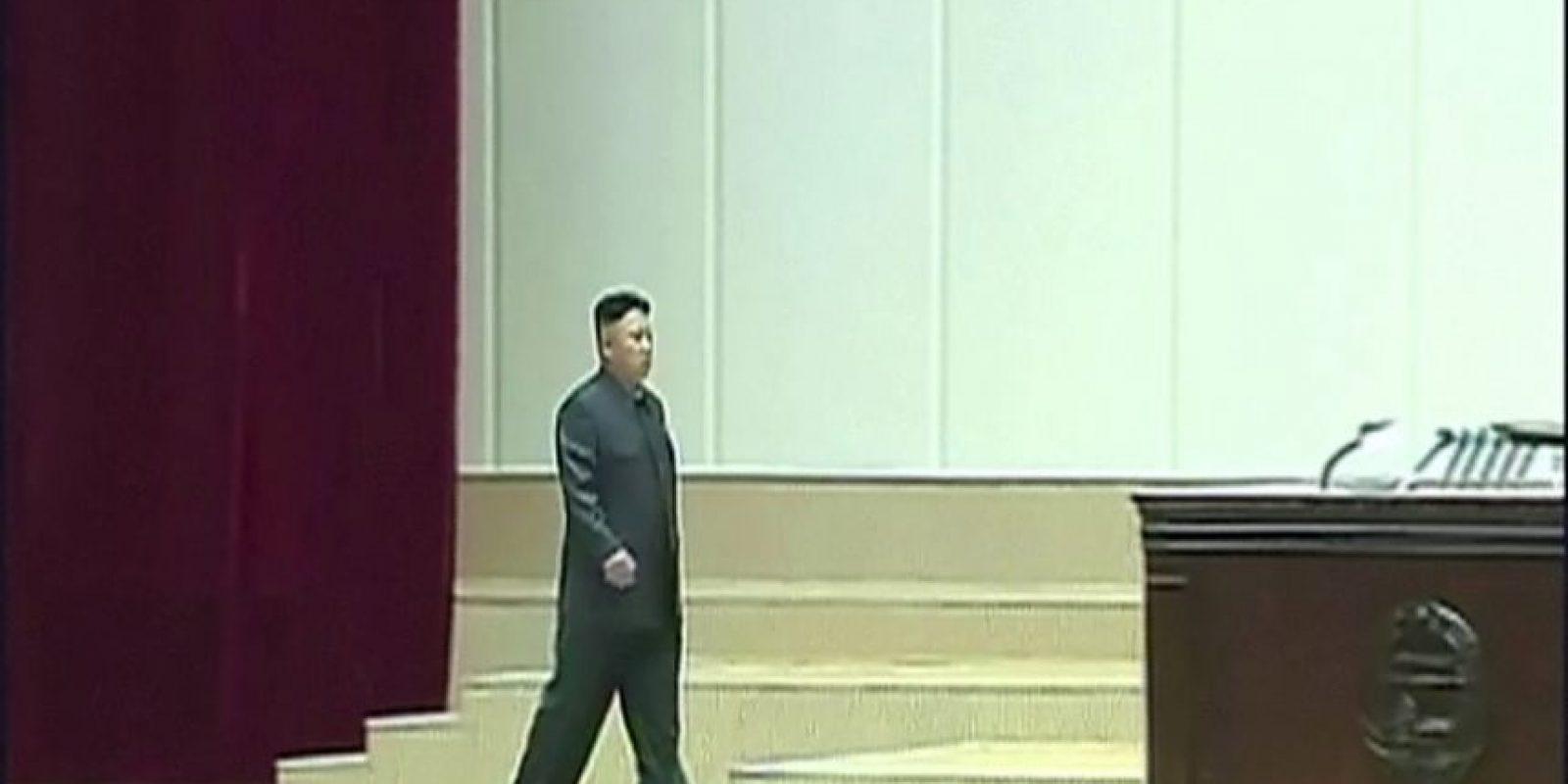 Supuestamente en mayo de 2016, ordenó la muerte de su ministro de Defensa por haberse quedado dormido en un acto oficial Foto:AFP