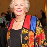 21. Jacqueline Mars tiene una fortuna de aproximadamente $26 mil 600 millones de dólares. Esta proviene de la compañía Mars, Incorporated, fundada por su abuelo Frank C. Mars. Foto:Pinterest