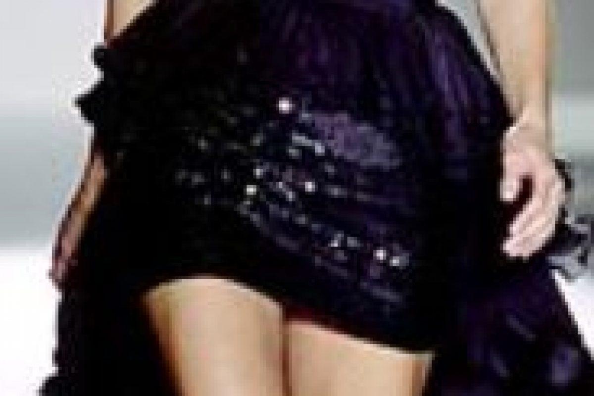 Nina Ricci. Hecho para dar curvas a la persona que carece de ellas. Foto:vía Getty Images
