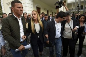 Esposa de Leopoldo López, Lilian Tintori, ha recorrido muchos países para abogar por la libertad de los presos políticos en Venezuela. Foto:AFP