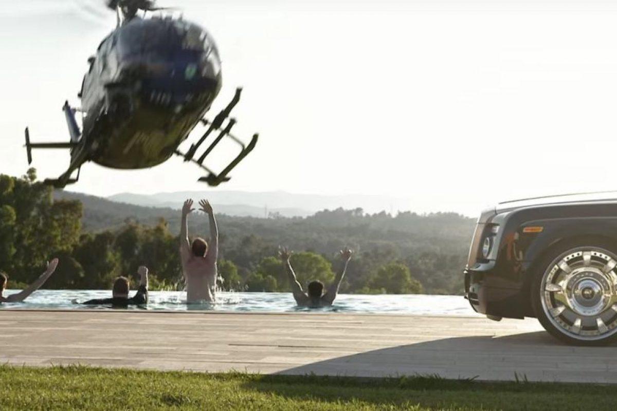 De igual forma había helicópteros. Foto:MrKimDotcom / YouTube