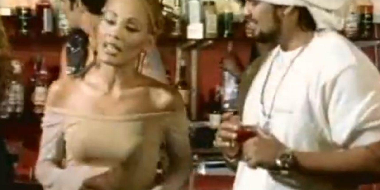 En 1997 lanzó su primer disco. Ahí ganó sus primeros premios y reconocimientos. Foto:vía Youtube