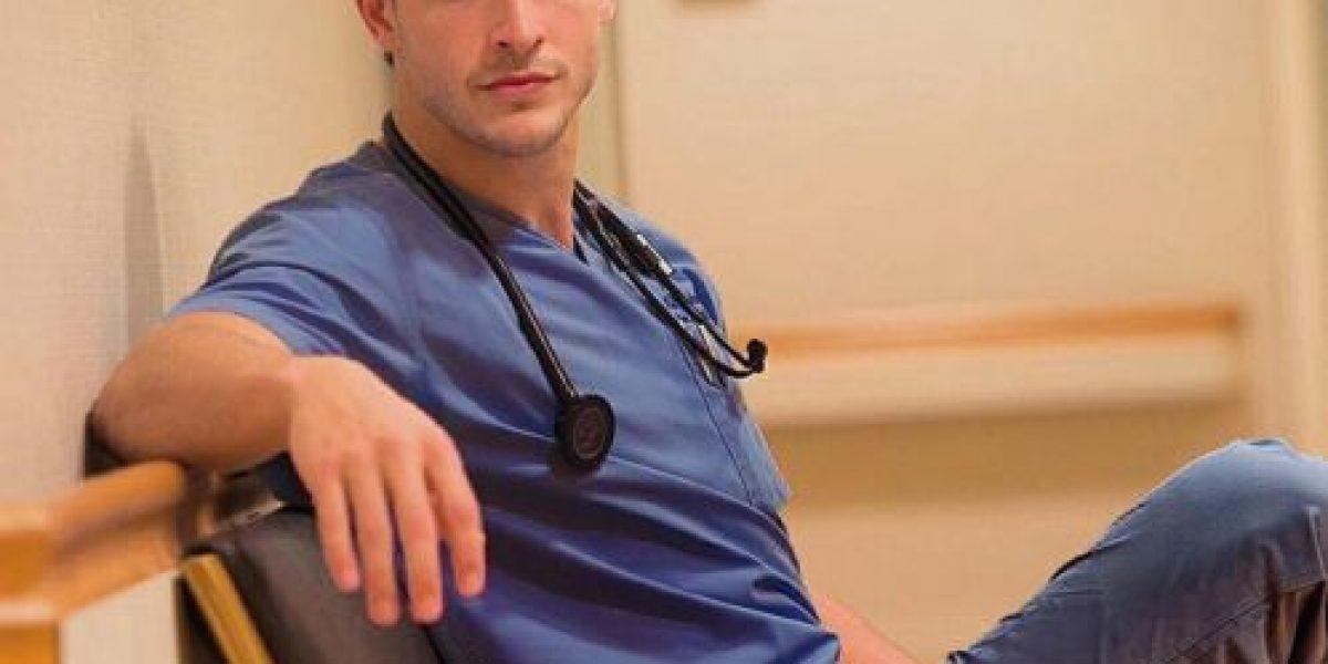 Él es Mike, el doctor más sexy del mundo