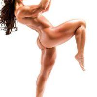 """Así posó para """"Bodybuilding.com"""" Foto:Vía instagram.com/celestebonin"""