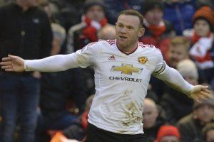 Wayne Rooney celebra un gol de los Reds Devils. Foto:AFP