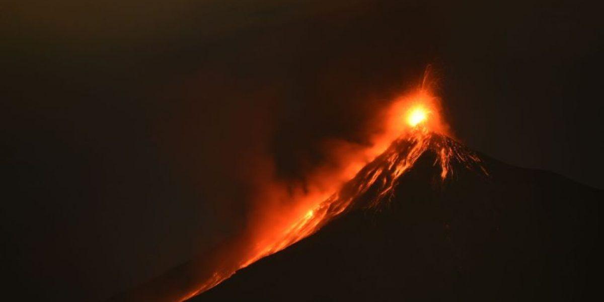 Erupción del volcán de Fuego, hoy 20 de enero de 2016