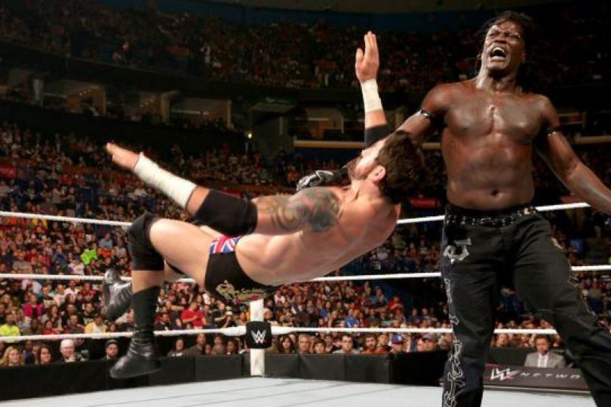 Es uno de los luchadores más carismáticos de la WWE Foto:WWE