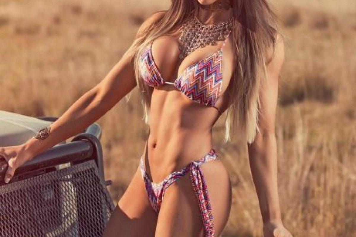 Una de las modelos fitness brasileñas con más popularidad Foto:Vía instagram.com/carolsaraivafitness