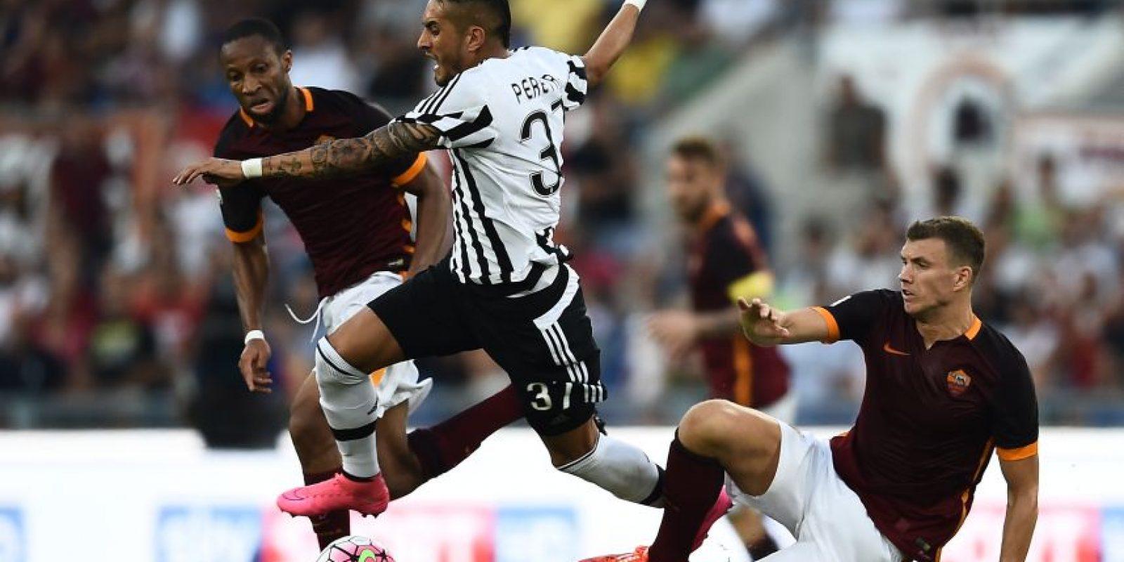 Acción de un partido entre Juve y Roma. Foto:AFP