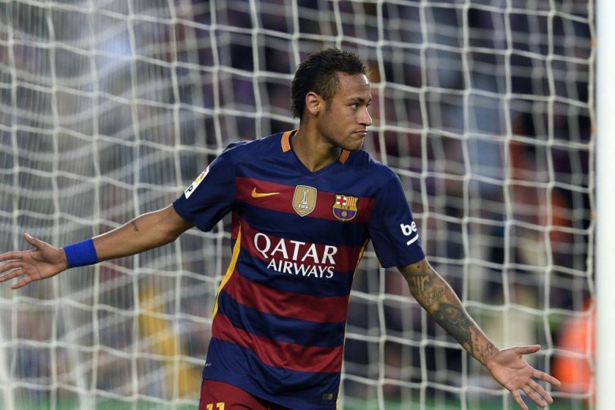 Neymar festeja una anotación en Camp Nou. Foto:AFP
