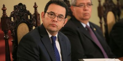 "Presidente Jimmy Morales ""invita"" a los maestros a manifestar los sábados"