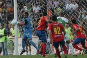 Paulo César Motta durante un partido en el Pensativo. Foto:Publinews