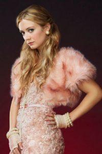 Billie Lourd es la cool Chanel #3. Foto:vía FOX