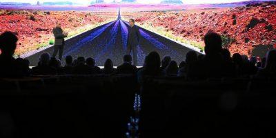 """La sesión 'La vuelta al mundo sin combustible o miedo"""" con los pilotos André Borschberg y Bertrand Piccard creadores del Solar Impulse. Foto:Vía weforum.org"""