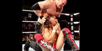 10. Kane tiene el récord de más eliminaciones, con un total de 42 Foto:WWE