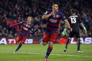 Luis Suárez celebra un gol ante el Athletic de Bilbao. Foto:AP