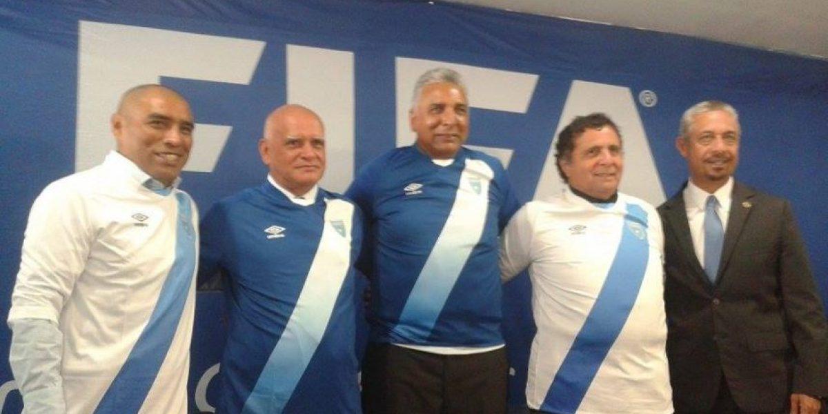 Fedefut desmiente renuncia de Walter Claverí