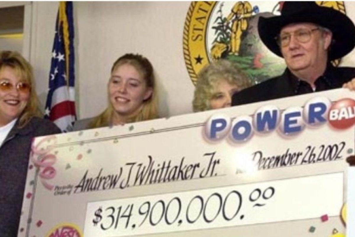 """Andrew """"Jack"""" Whittaker ya era rico cuando en 2002 ganó casi $315 millones de dólares. Apesar de que quiso compartir el no pudo escapar de sus propios demonios Foto:Pinterest"""