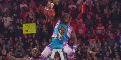 Al final, Kofi Kingston dio el título a The New Day. Foto:WWE