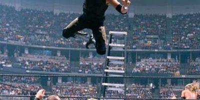 The Hardy Boyz vs Edge y Christian, en Wrestlemania XVII. Foto:WWE